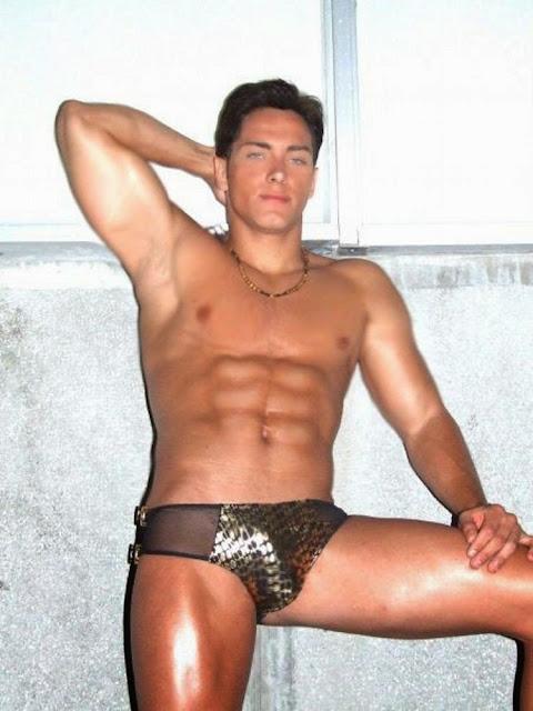 album gay de pakito adanih