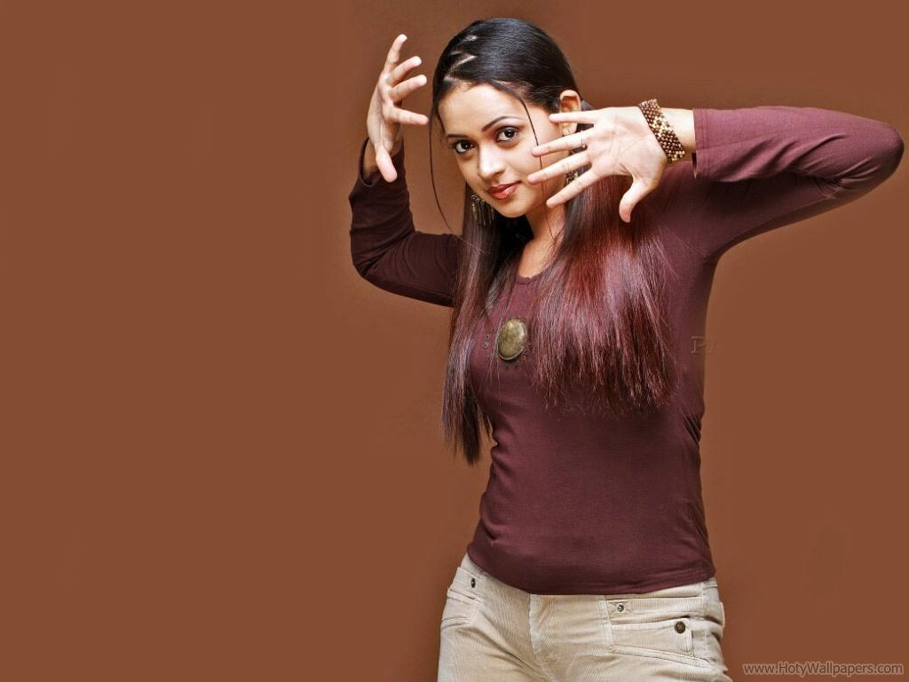 http://1.bp.blogspot.com/-K3-YeV1dmBA/TxV5tZjEROI/AAAAAAAASPk/XCKB3qbeVzI/s1600/bhavana_crazy_wow_south_indian_actress_wallpaper.jpg