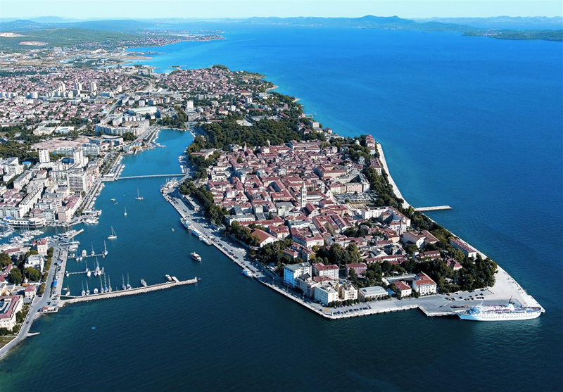 Aeroporto Zadar : Croatia tourist attractions destinations