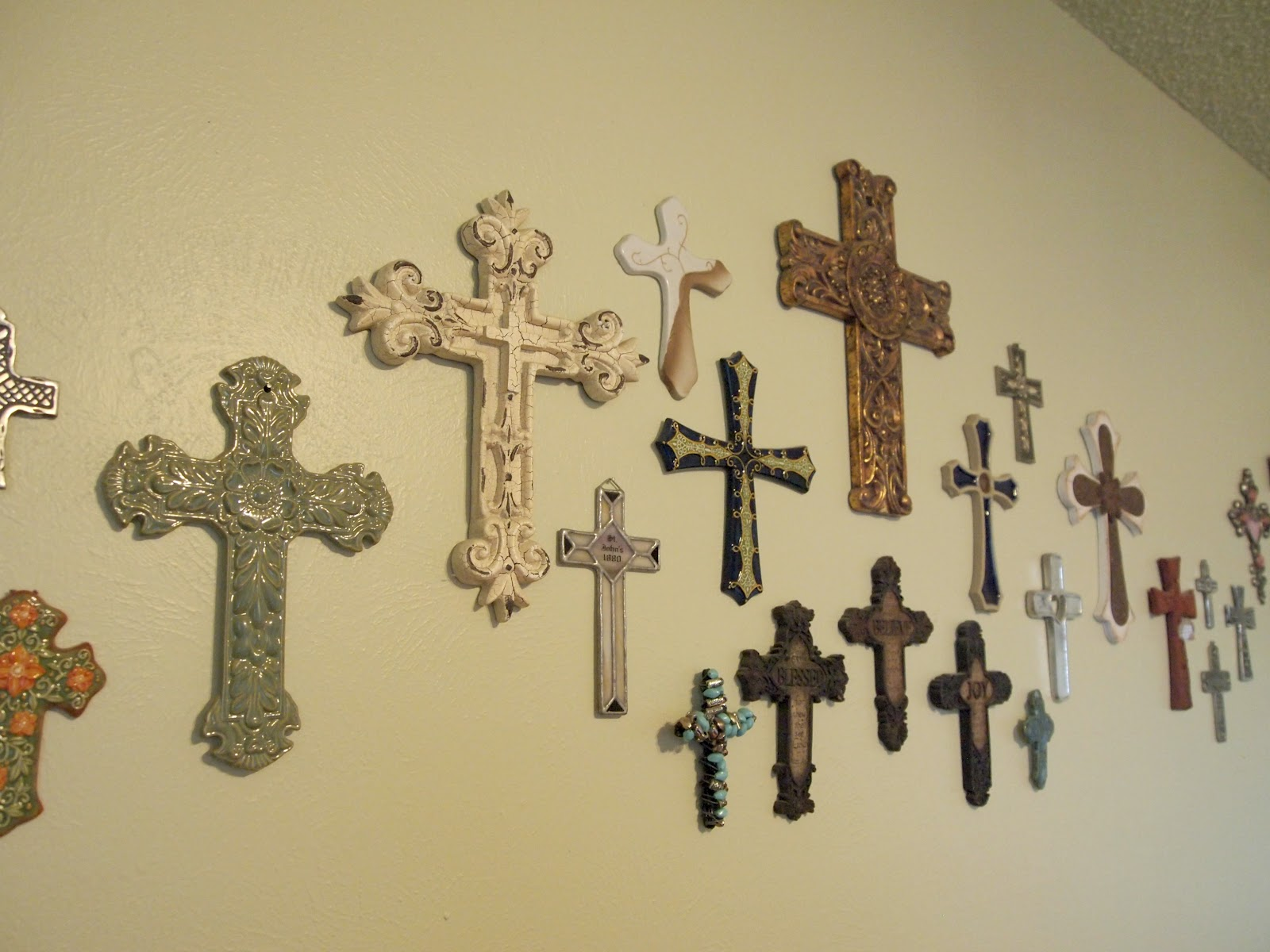 Awesome Cross Decor For Walls Crest - Wall Art Collections ...