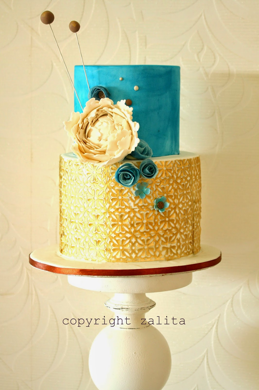 cupcake d\'lights {South Africa}: modern blue brown and gold wedding cake
