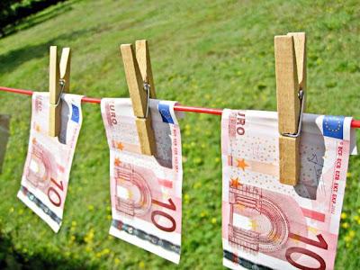 Η Ευρωπαϊκή Επιτροπή παραδέχεται την αποτυχία του ευρώ!