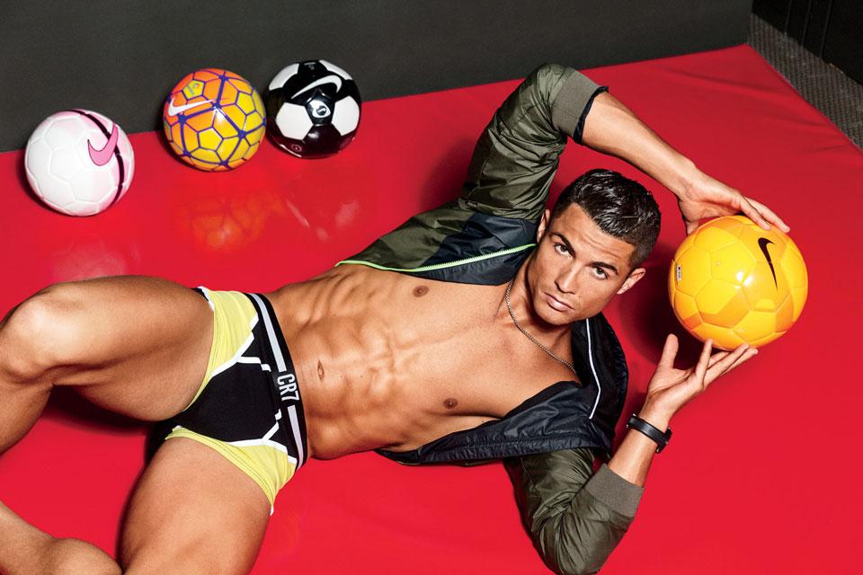 """Cristiano Ronaldo foi mencionado pela revista como o """"vencedor do Prêmio Nobel de Perfeição Física"""". Foto: Ben Watt"""