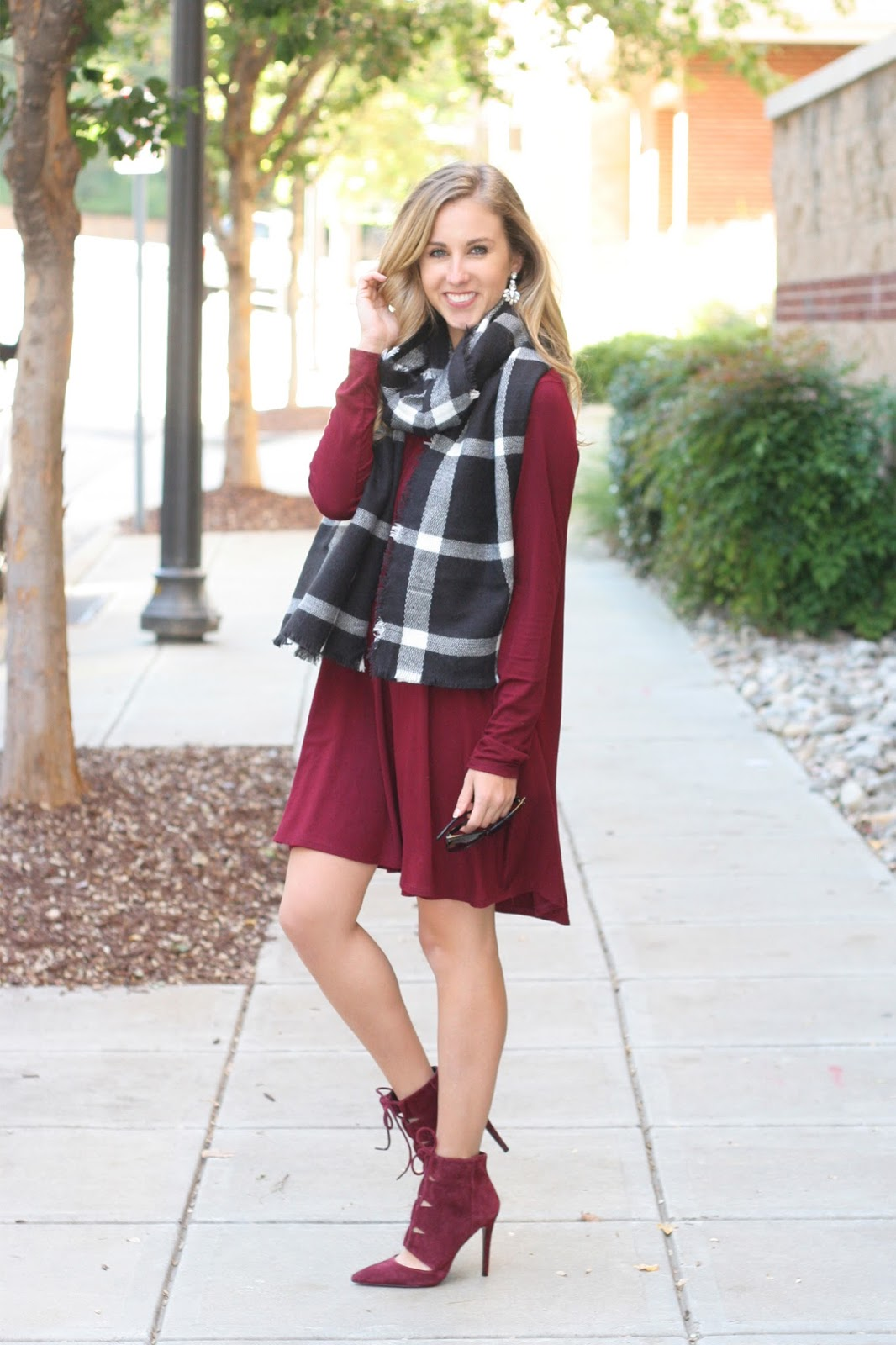 Long_Sleeve_Swing_Dress_in_Burgundy_for_Fall