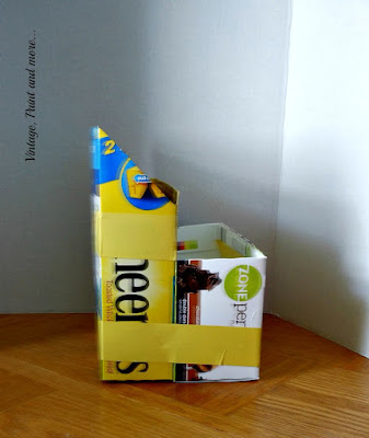 Vintage, Paint and more... Step 3 of taping empty boxes to diy a dish organizer