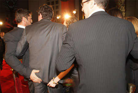 Gerard butler gay sexuality beowolf