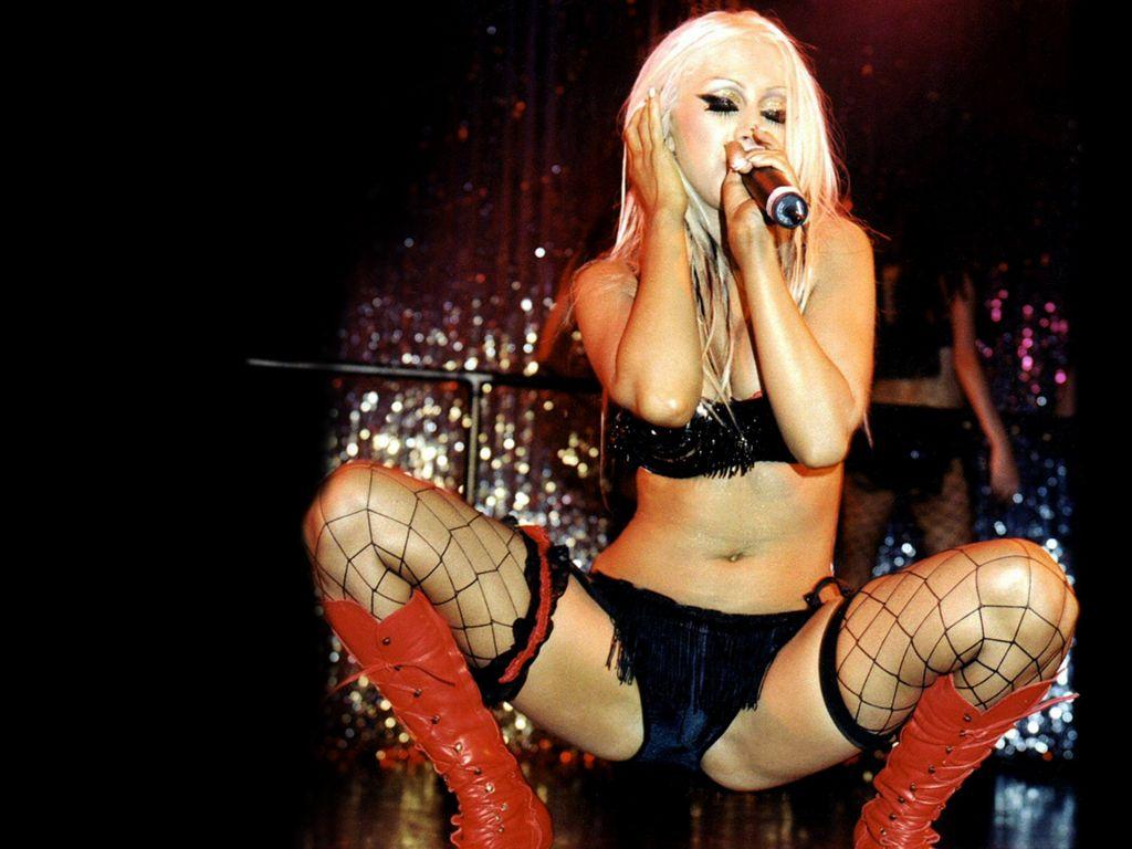 http://1.bp.blogspot.com/-K4AMfSBGG4c/TjPdhIXpWEI/AAAAAAAADYY/fUzzxvtWVmg/s1600/Christina-Aguilera-4.jpg