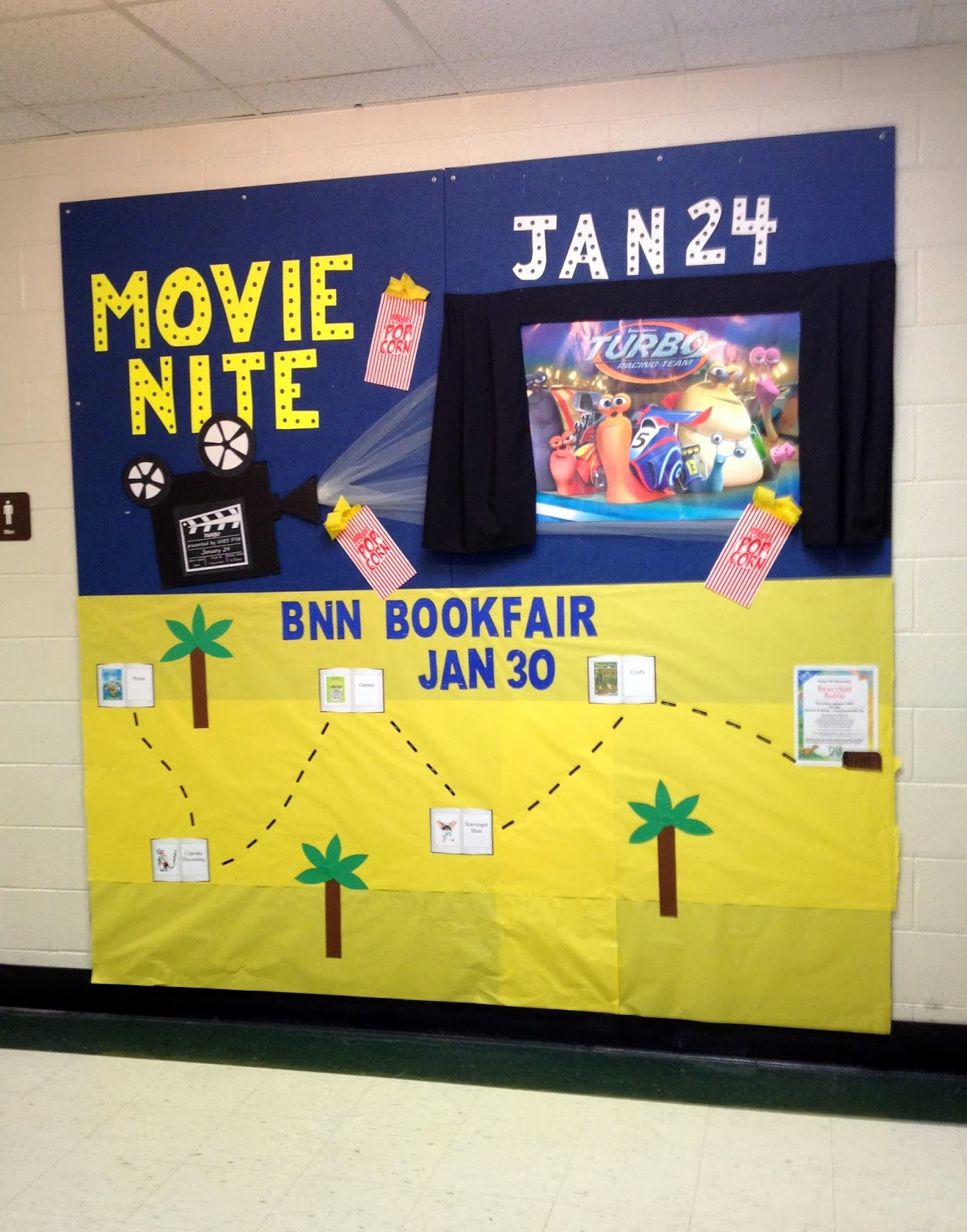Hamburke: Bulletin Board Ideas - Movie Night