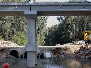 Construcción del nuevo puente de La Greduela (octubre de 2005)