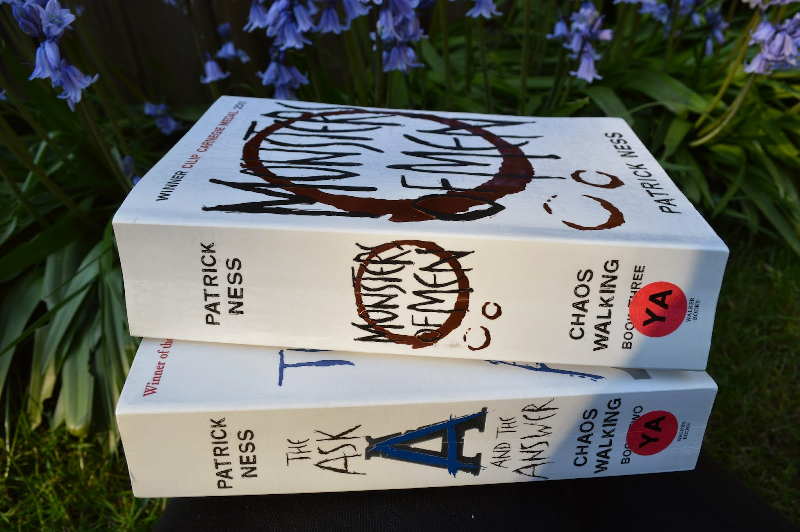 Patrick Ness, review, Chaos Walking, The Ask and the Answer, Monster of Men, YA fiction, paperback, UK edition