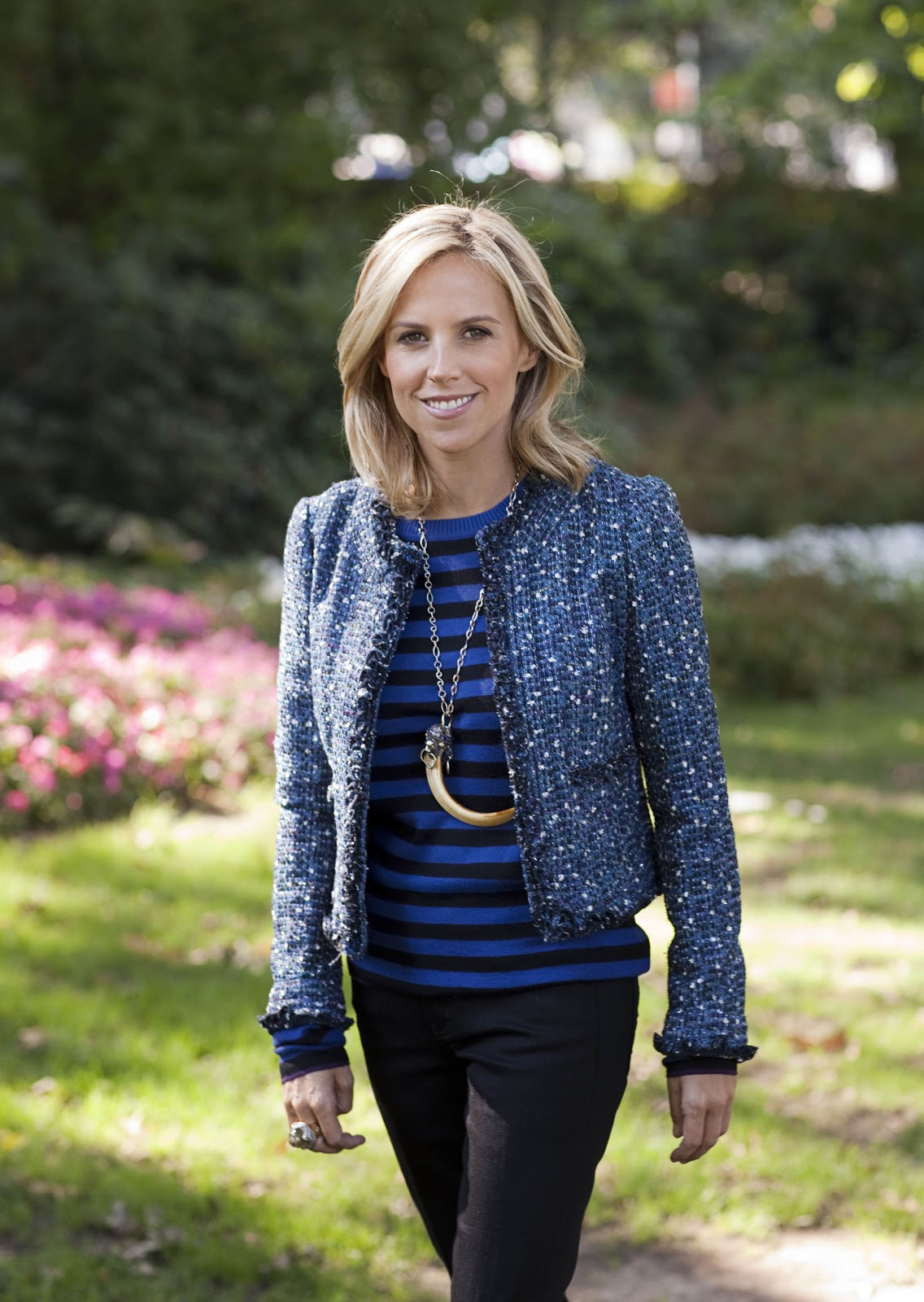 Tory Burch is CEO and designer of Tory Burch, an American lifestyle brand known for color, print, and eclectic blogdumbwebcs.tk in Valley Forge, Pennsylvania, Tory Burch graduated from the University of Pennsylvania with a degree in art history, and then moved to .