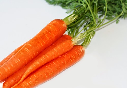 الجزر وأهمية الجزر وفوائد عصير الجزر العلاجية Carrot juice
