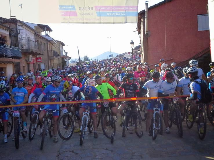 linea de salida de la marcha nacional cicloturista en Sotoserrano