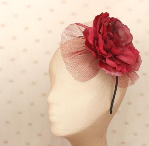 Colección Pedaleando - Diadema Granate tul flor