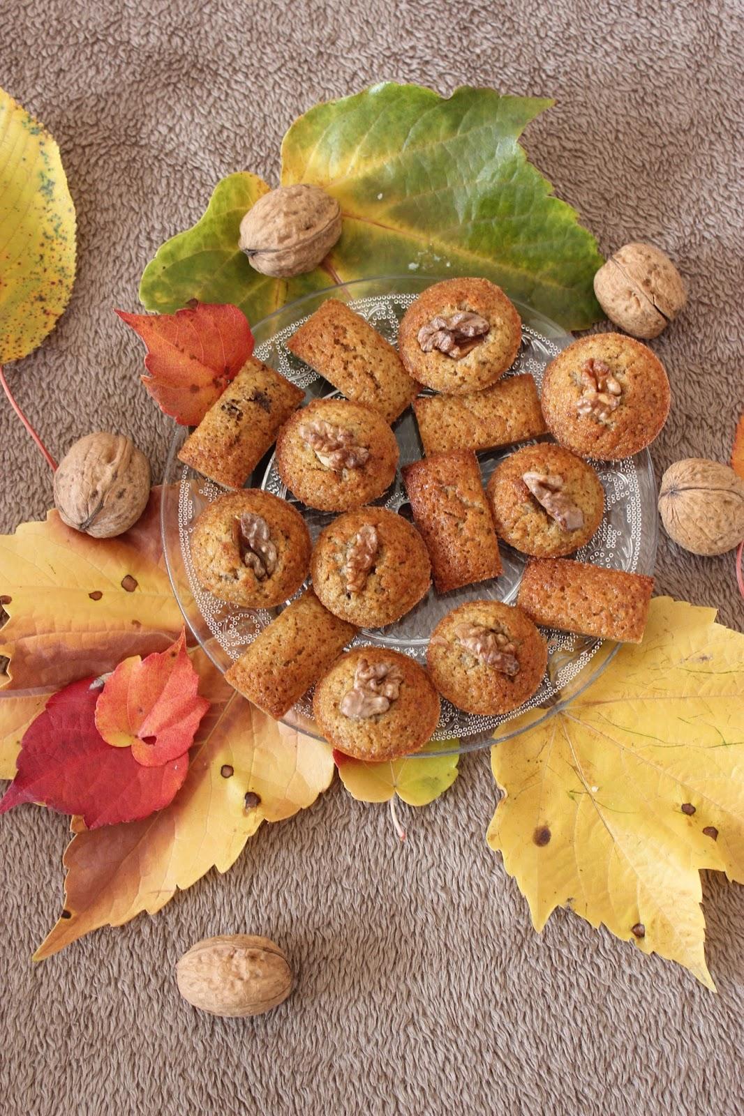 Minis financiers aux noix et caf for Quand ramasser les noix