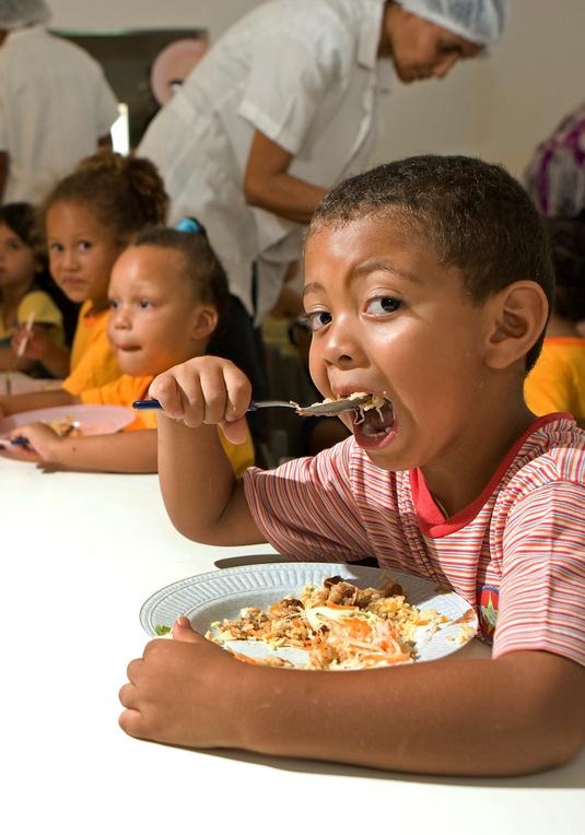 Alimentação escolar do DF gera renda para a agricultura familiar de São Sebastião