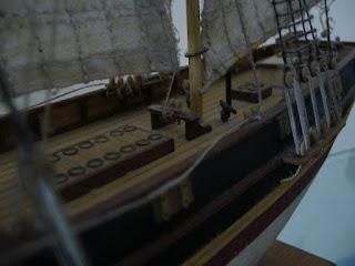 bergantín-goleta de la marca Constructo a escala 1/85