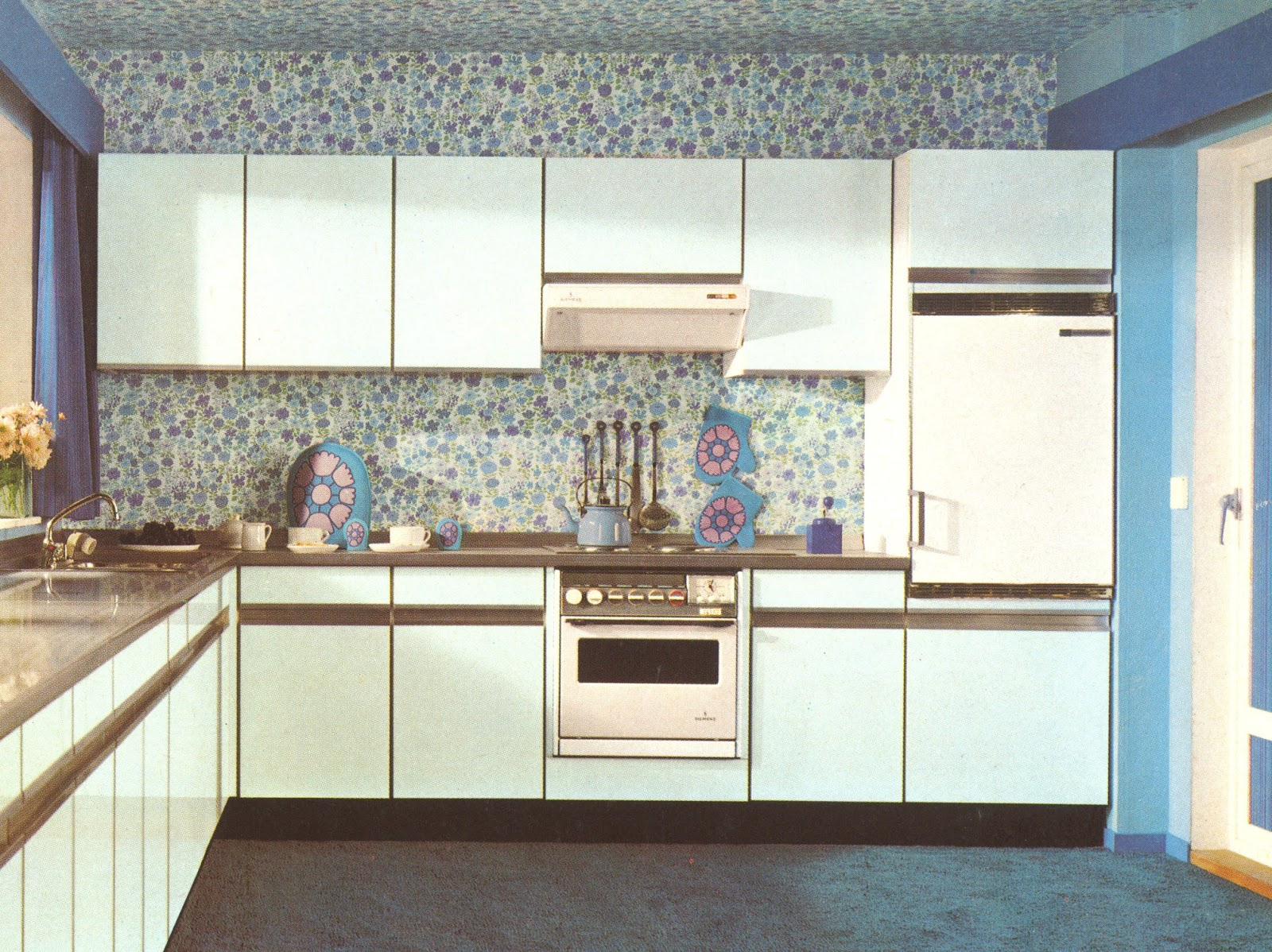 1970 Formica Kitchen - House Furniture