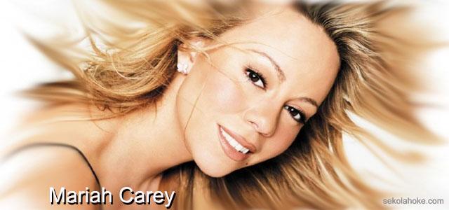 Cewek dada besar, Mariah Carey, Descriptive Text