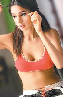 Mallika Sherawat Hot HQ Pictures