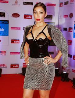 Sofia Hayat Stills at HT Mumbai Most Stylish Awards 3.jpg