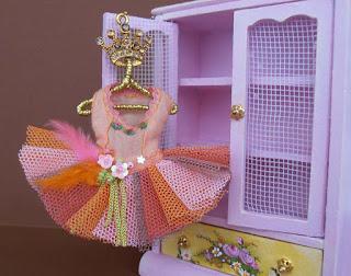 vestido de bailarina en miniatura casa de muñecas