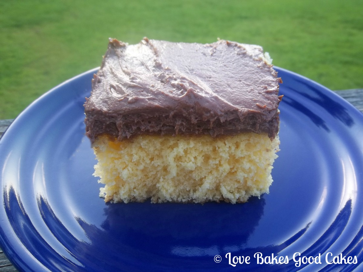 EASY Chocolate Frosting | Love Bakes Good Cakes