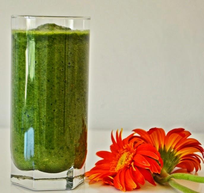 green smoothie, smoothie, spinach smoothie