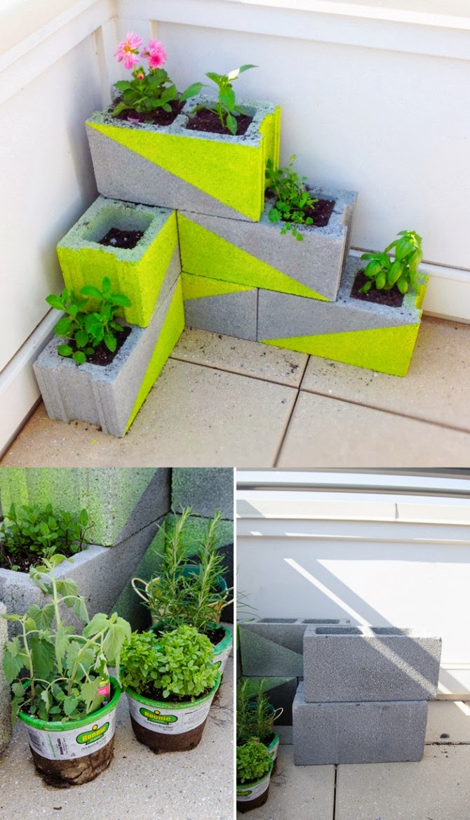 Diy planter with concrete blocks handy diy for Jardineras con bloques