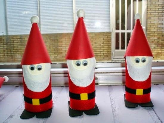 Père Noël avec des Matériaux Recyclés