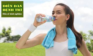 Vận động và uống nhiều nước phòng ngừa bệnh trĩ tái phát
