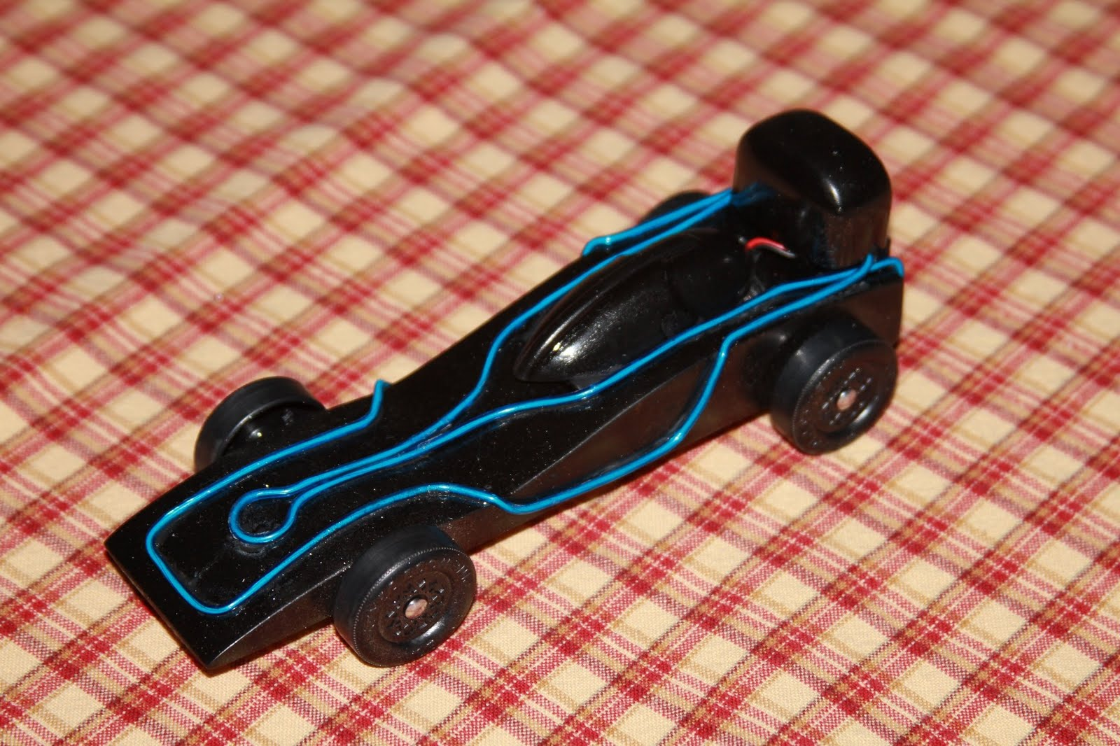 TRON Pinewood Derby Car: TRON Pinewood Derby Car