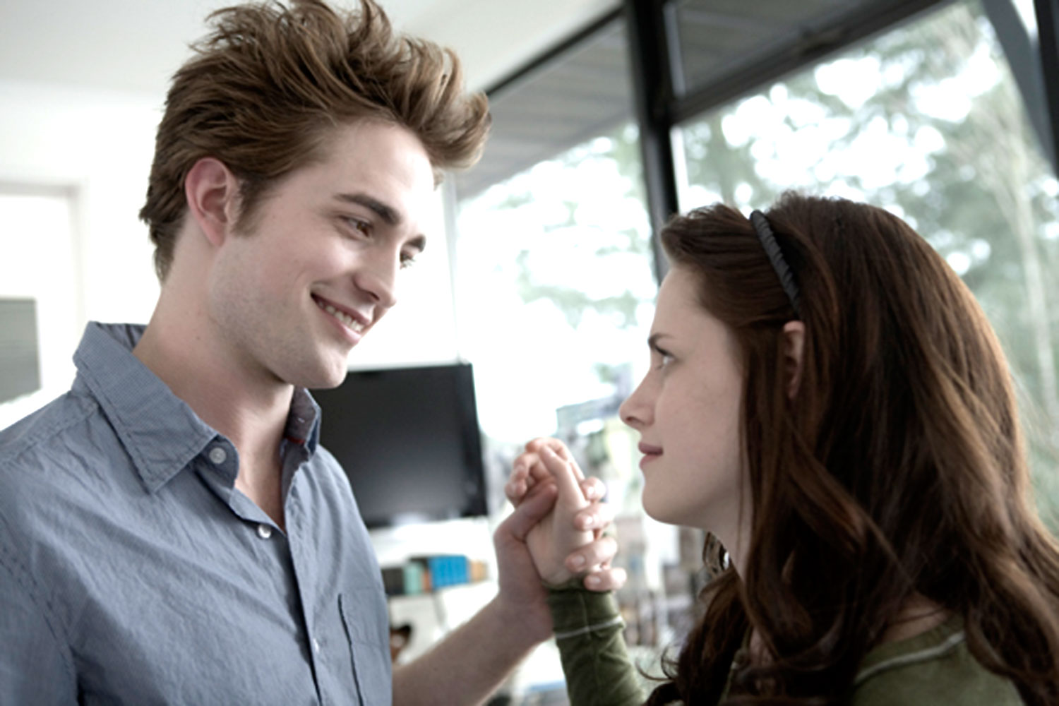 Kristen Stewart And Robert Pattinson Photo