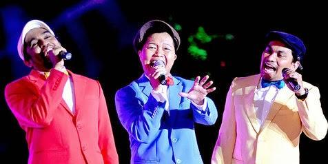 Mereka Menyebut Diri Mereka Trio Lestari