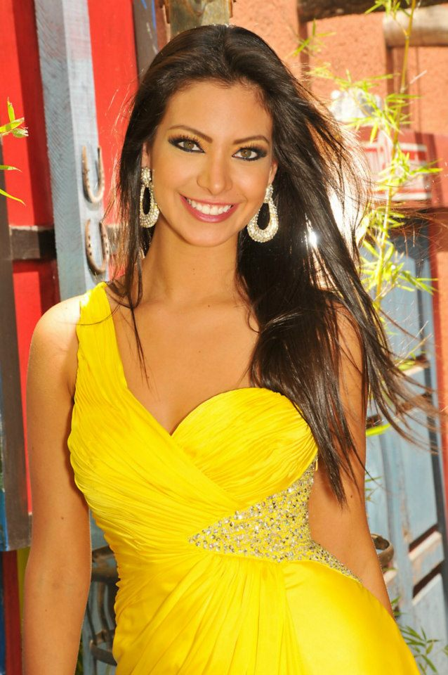 Miss Bolivia Universe 2013 is in NY for a photo shoot with FADIL ...