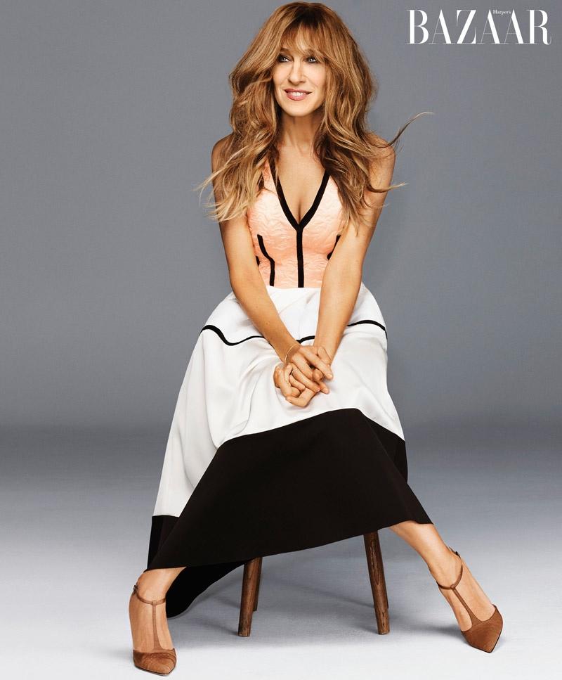 Sarah Jessica wears Valentino for Harper's Bazaar US October 2015