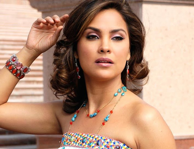 lara dutta movies - photo #1