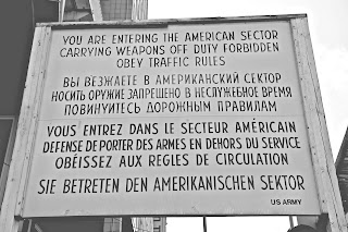 Checkpoint Charlie, american border sign, Berlin
