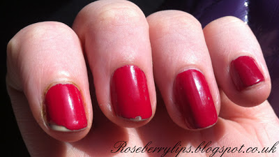 Barry M: Gelly Hi-Shine Nail Paint in Pomegranate