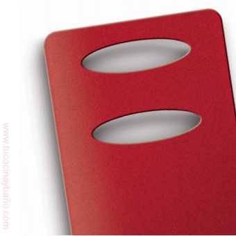 radiador secatoallas rojo baño negro