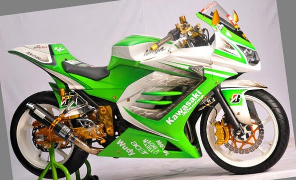 Kawasaki-Ninja-250-Kontes-Modifikasi-2012