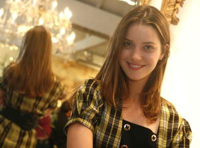 Nathália Dill-Biografia e Fotos
