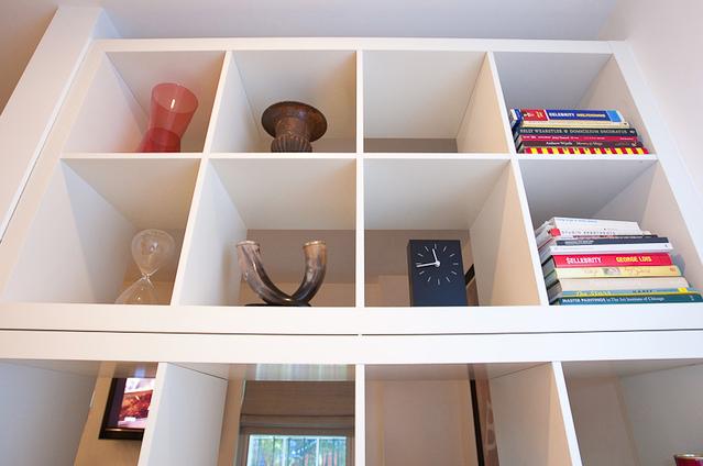 Idea para separar ambiente en un apartamento decoraci n - Estanterias para separar ambientes ...
