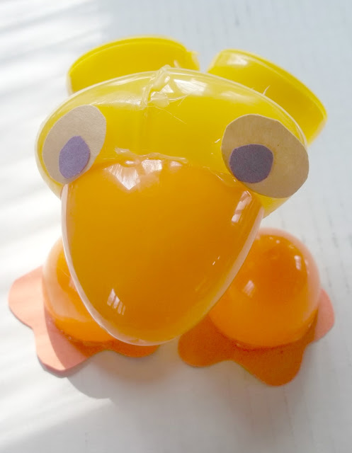 Make a Plastic Easter Egg Duck Figure How to