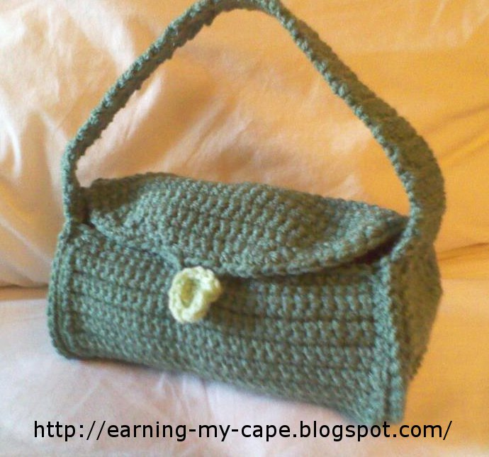 Free Crochet Patterns Purses Handbags : Earning-My-Cape: Little Crochet Purse (free pattern)