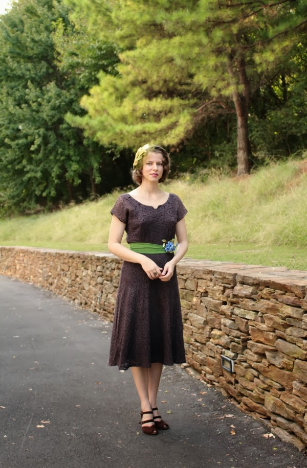 My 1940s Woodland Walk #1940s #dress #vintage #fashion #lace