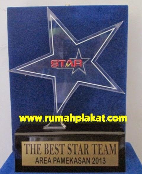 Plakat Akrilik Bintang Star, Pesan Desain Unik Plakat Acrylic, Jual Plakat Akrilik Termurah Surabaya Malang, 0856.4578.4363 (IM3)