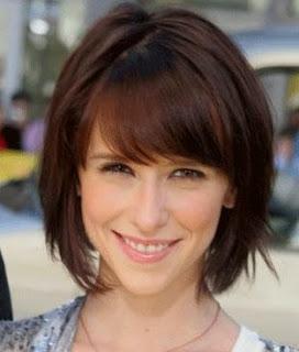 Fotos de cortes de cabelo chanel com franja cheia