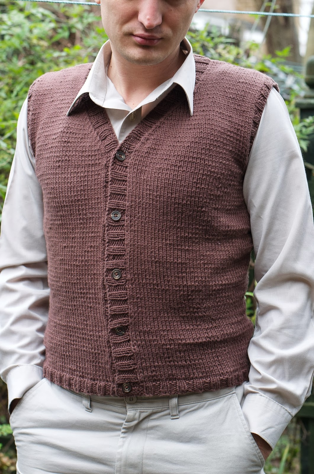 Mens Knitted Vest Pattern : Ela Sews And Doesnt Sleep: What a lucky guy: Knitted mens vest