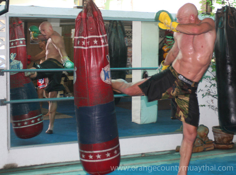Theringsideboxingblog wordpress besides Ex Boxer Hector Macho Camacho Dies Shot Article 1 moreover George Groves And Gennady Golovkin Are Preparing Together For World Title Fights besides Wwe additionally Nike Machomai Boxing Shoes Red Mid. on oscar de la hoya boxing gloves s